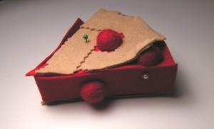 Copyright American Felt and Craft cherry pie step17