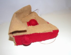 Copyright American Felt and Craft cherry pie step22