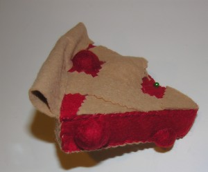 Copyright American Felt and Craft cherry pie step24