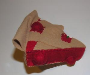 Copyright American Felt and Craft cherry pie step24