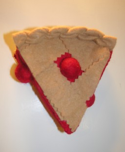 American Felt and Craft Cherry Pie Tutorial - Felt Food