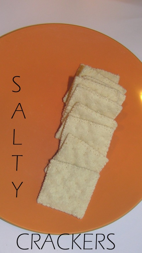 Felt Saltine Crackers Tutorial