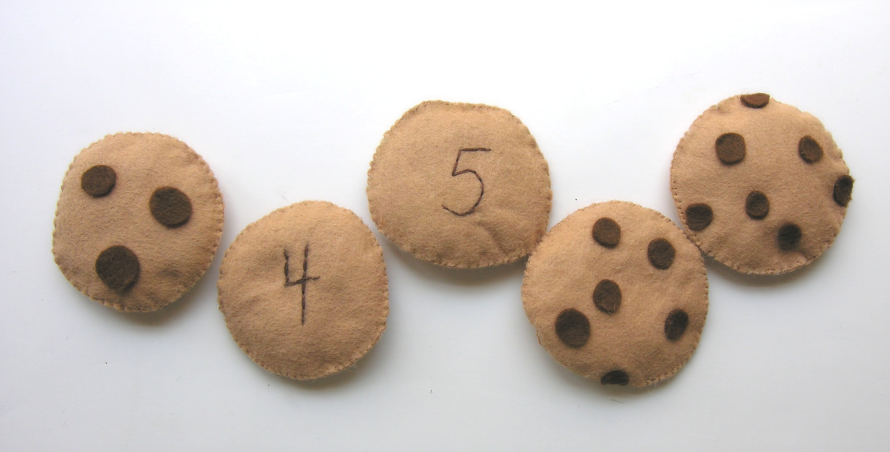 felt counting cookies from American Felt and Craft