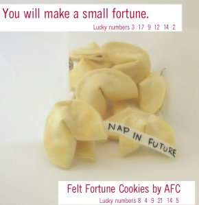 Free Felt Fortune Cookies pattern, template and tutorial