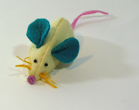 craft felt mouse toy diy tutorial blog