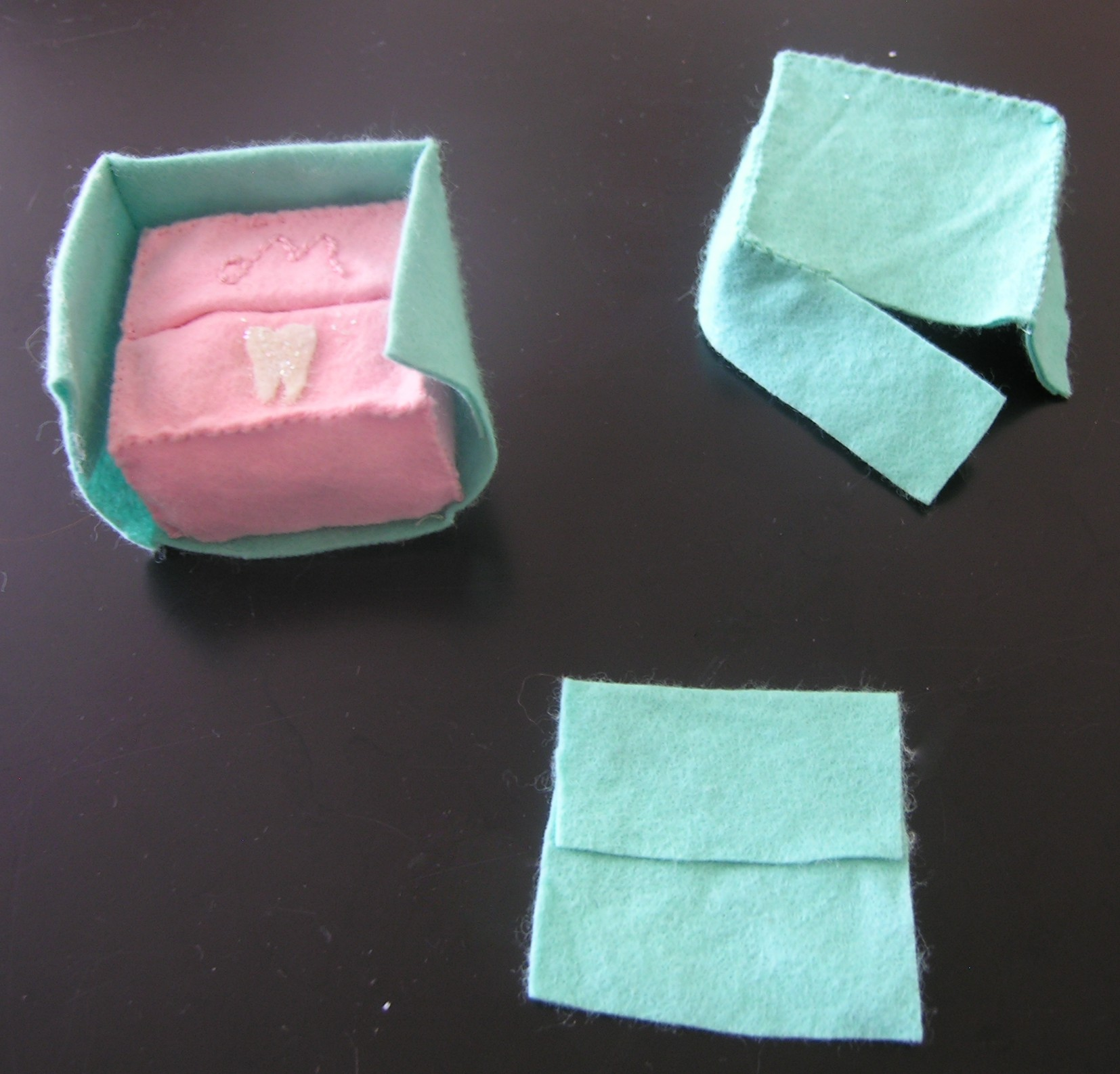 pillow | ~American Felt & Craft ~ Blog