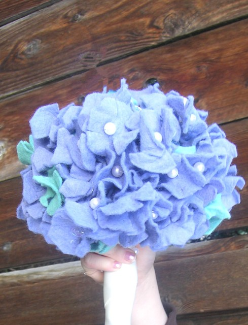Lisa's Instructions for felt flower hydrangea flower bouquet.
