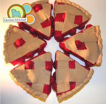 Free Felt Cherry Pie tutorial and pattern