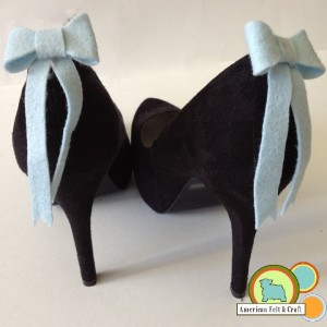 Shoe clips blue bows