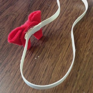 felt bow for babies tutorial