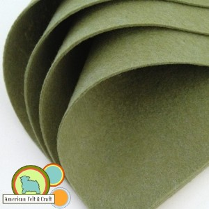 Light green Pea Pod felt sheets