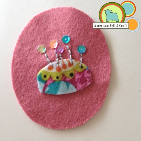 pin cushion felt ornament tutorial