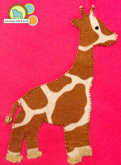 Felt Giraffe Tic Tac Toe tutorial