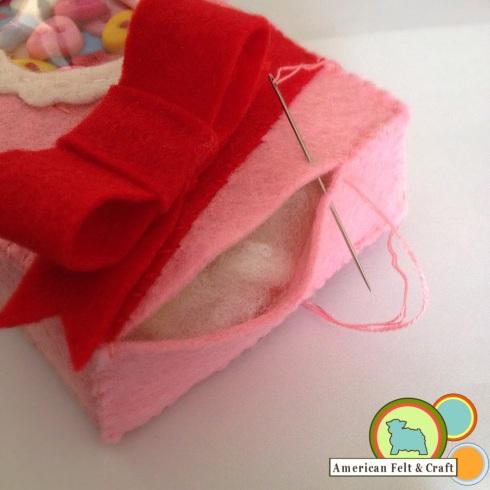 Felt Sweethearts box Valentines Day Craft