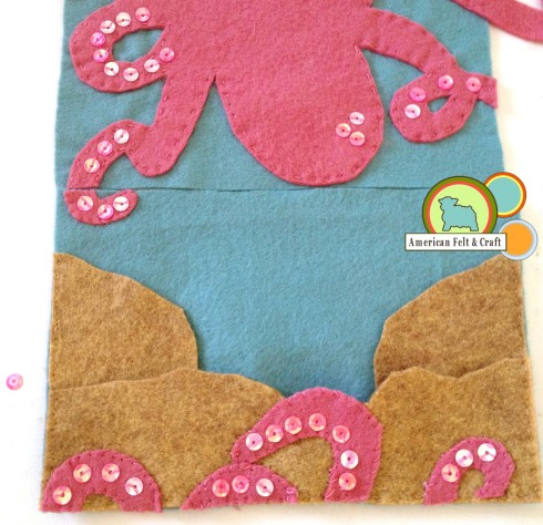 repeat with remaining sides of felt needlebook
