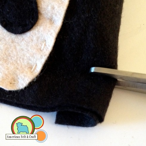 Cut slits into Felt Ninja Pouch #DIY Craft