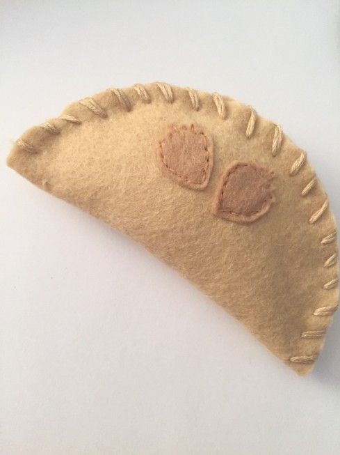 finished hand pie felt food beginner felt food