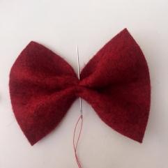 easy felt bow