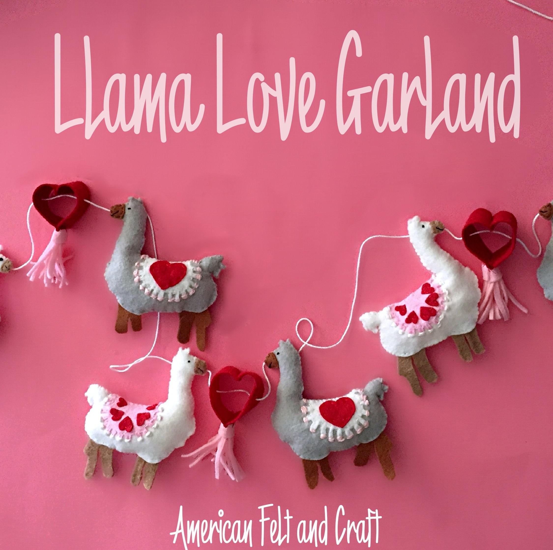 Tutorial and pattern: Felt llama Valentine's garland