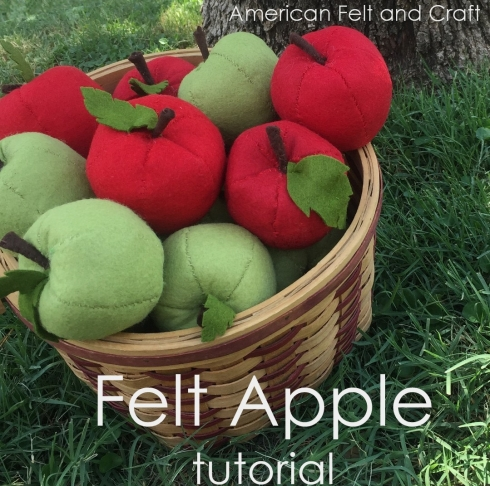 Free sewing pattern: Felt apples for fall
