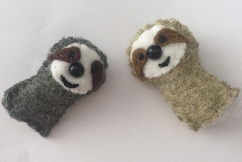 DIY small sloth from felt tutorial