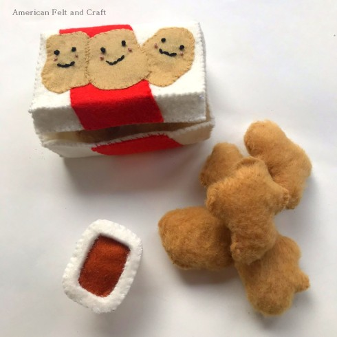 Free felt food patterns - Felt chicken nuggets pattern and tutorial
