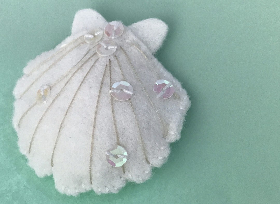 stitch seashell from felt sewing diy