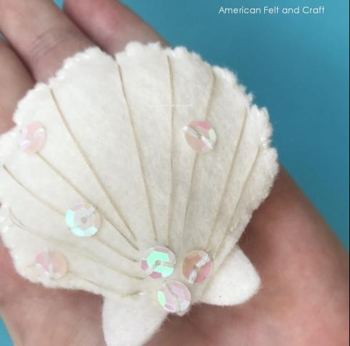 DIY felt seashell pattern